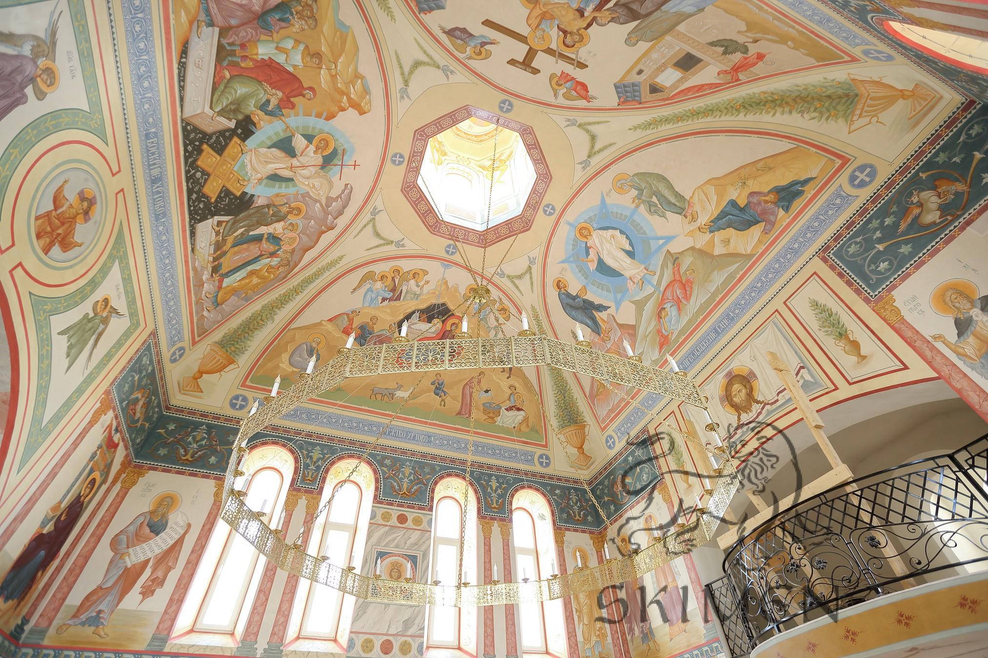 Панорама росписи с куполом